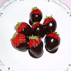 莓のチョコディップ