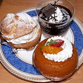 トリアノン洋菓子店のサバラン