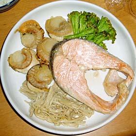 鮭とホタテのバター蒸し