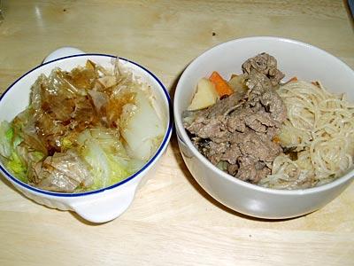 白菜のおひたし、すき焼き風の煮物